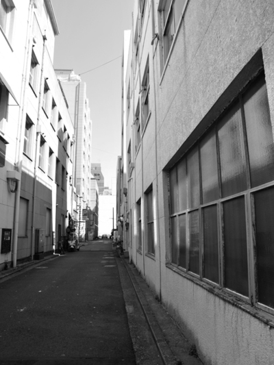 A_back_alley01w