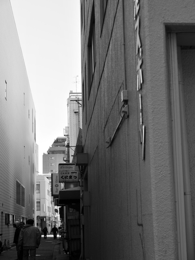 A_back_alley03w