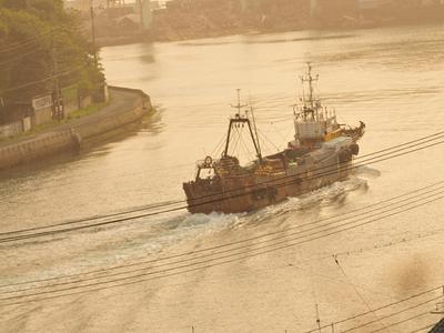 Izaki_fishing_port01w