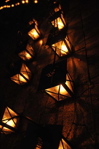 Candlenighta001w