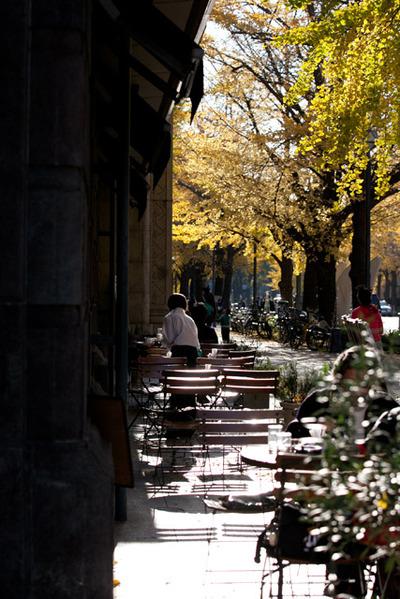 Avenue_cafe001w