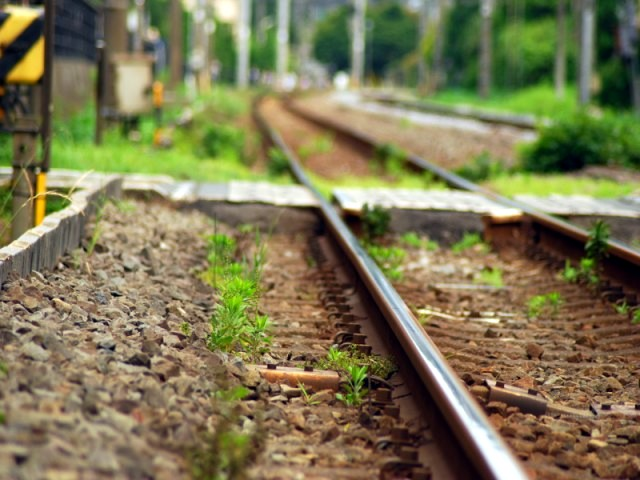 Railway_trackdw