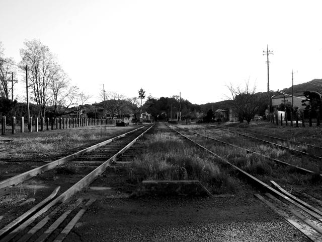 Railway_trackj2w